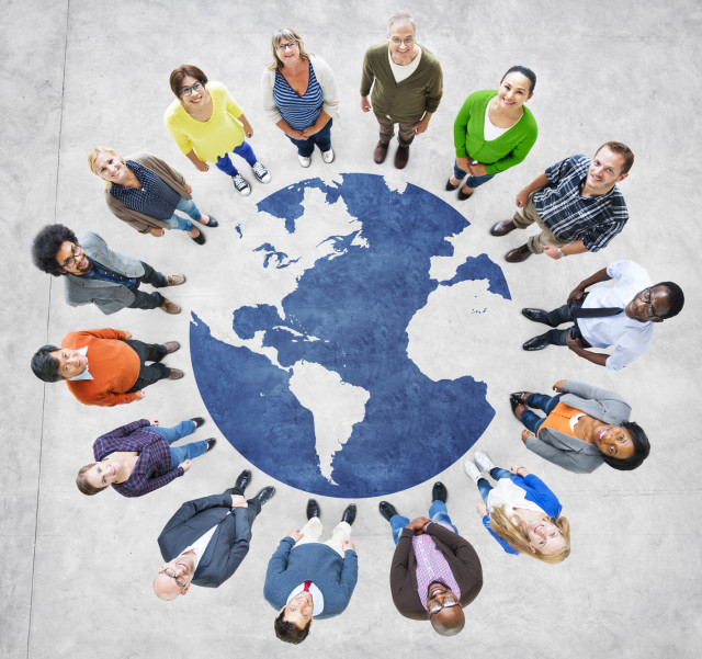 Group-Multi-ethnic-people-world_Fotolia_68701842_20170630-162947_1